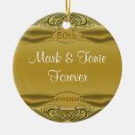 Aniversario de boda de oro de las volutas 50.as ornamentos de navidad
