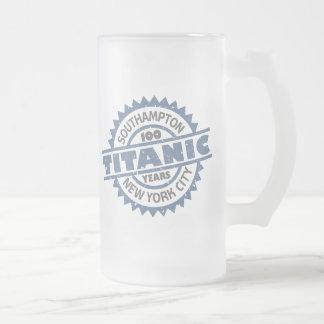 Aniversario de hundimiento titánico de 100 años taza de cristal