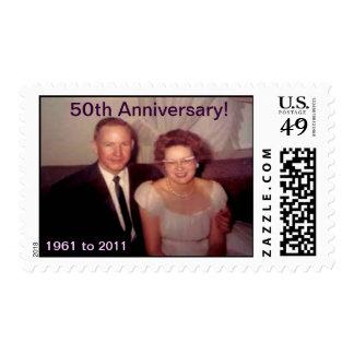 Aniversario de la mamá y del papá 50.o sello postal