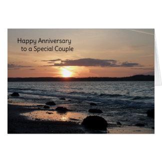 Aniversario feliz a un par especial tarjeta de felicitación