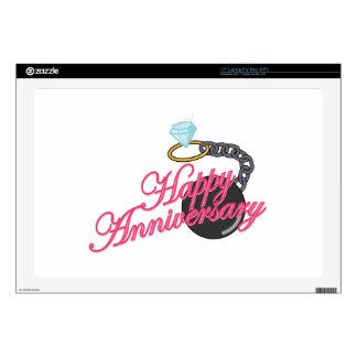 Aniversario feliz skins para 43,2cm portátil