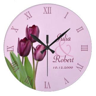 Aniversario púrpura de los tulipanes reloj de pared