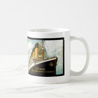 Aniversario titánico del RMS 100o Taza Básica Blanca