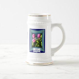 Aniversario, tulipanes, palabras del personalizar jarra de cerveza