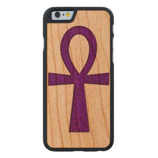 Ankh púrpura funda de iPhone 6 carved® slim de cerezo