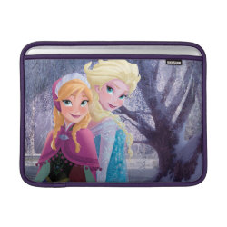 Macbook Air Sleeve with Sisters Anna & Elsa of Disney's Frozen design