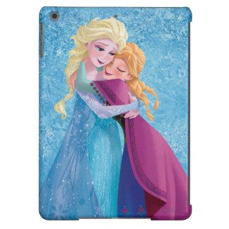 Anna and Elsa Hugging iPad Air Cover