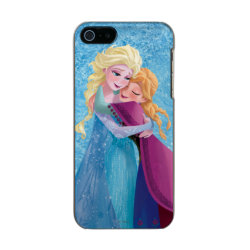 Incipio Feather Shine iPhone 5/5s Case with Sister Love: Anna & Elsa Hugging design