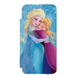 Incipio Watson™ iPhone 5/5s Wallet Case with Sister Love: Anna & Elsa Hugging design