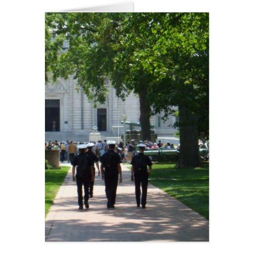 Annapolis - marineros que caminan a través de camp felicitaciones