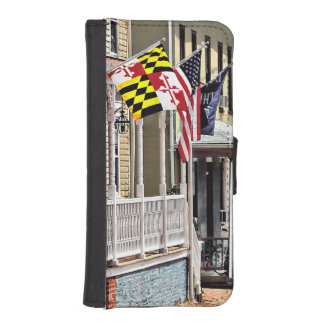 Annapolis MD - Flags Along East Street iPhone SE/5/5s Wallet Case