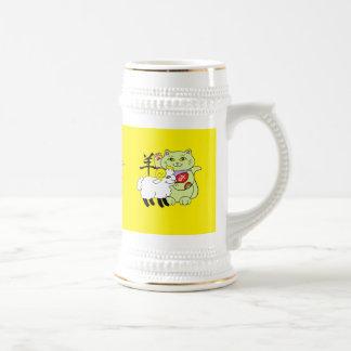 Año afortunado del gato de las ovejas jarra de cerveza