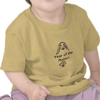 año chino de la camiseta del carácter del conejo