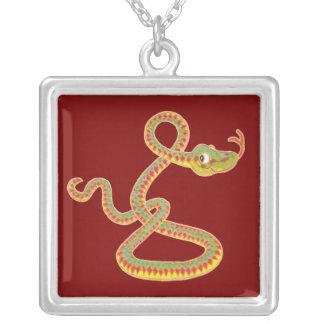 Año chino del collar de la serpiente