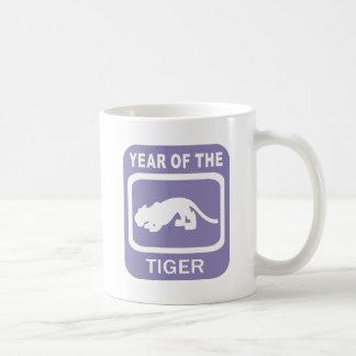 Año chino del regalo del tigre taza