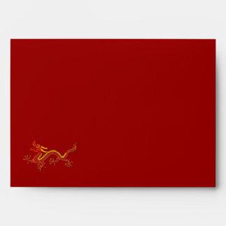 Año chino del rojo y del oro de la letra del dragó sobres