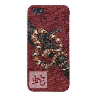 Año chino del zodiaco de la serpiente iPhone 5 fundas