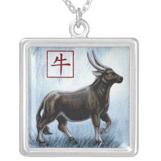 Año chino del zodiaco del collar del buey