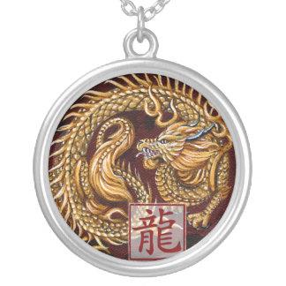 Año chino del zodiaco del collar del dragón