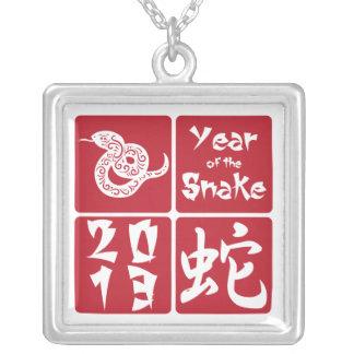 Año de la Plaza Roja de la serpiente 2013 Pendiente