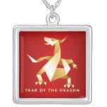 Año de Origami del oro del dragón en rojo Collares