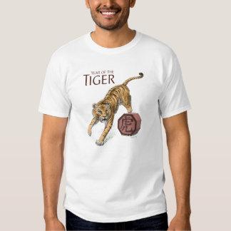 Año del arte chino del zodiaco del tigre poleras