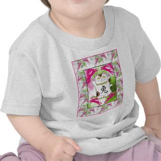 Año del conejo Neko en frambuesa Camiseta