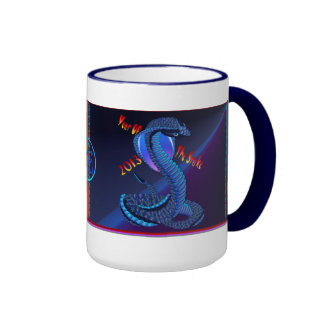 Año del Nugs Serpiente-indicado con letras Taza De Café