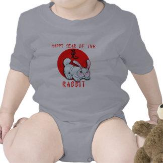 Año feliz de las tarjetas del conejo, ropa, trajes de bebé