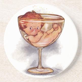 Año Nuevo del bebé en el vidrio de Champán Posavasos Diseño