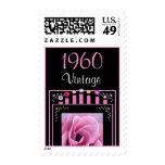 Año: Rosa del vintage de 1960 cumpleaños subió y v Sello