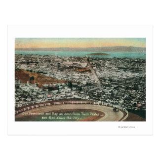 Antena de la ciudad de los picos gemelos postales