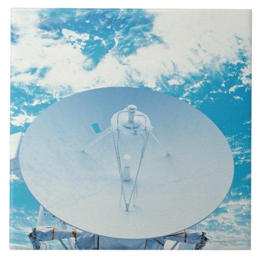 Antena en espacio azulejo ceramica