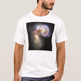 Antennae Galaxies NGC 4038 NGC 4039 Caldwell 60 61 T-Shirt
