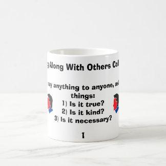 Antes de que usted diga cualquier cosa a cualquier tazas de café
