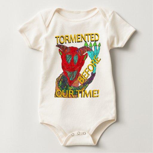 """""""Antes demonio rojo de nuestro tiempo"""" Trajes De Bebé"""