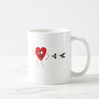 Anti-Tarjeta del día de San Valentín divertida Taza Clásica