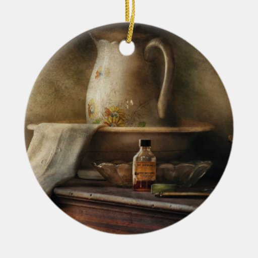 Antigüedad - nostalgia - la jarra del agua ornamento de navidad