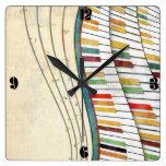 Antigüedad retra de los colores del piano ondulado reloj cuadrado