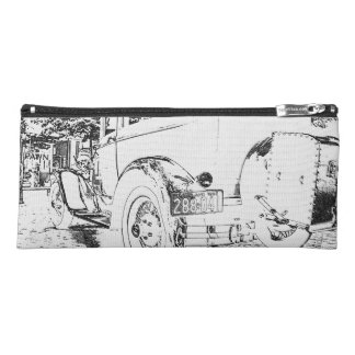 Antique car as a sketch pencil case