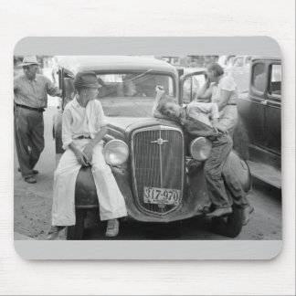 Antique Car, Great Depression Family, 1930s Mouse Pad