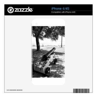 Antique Civil War Military Cannon Black and White iPhone 4 Decals