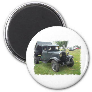 antique classic car show pic raw 006 magnet