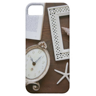 Antique clock frame shell book iPhone SE/5/5s case