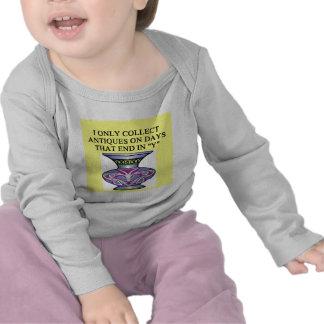 ANTIQUE collector joke T-shirt