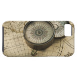 Antique compass on map iPhone SE/5/5s case