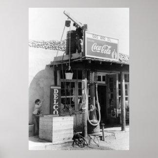 Antique Gas Station: 1940 Print
