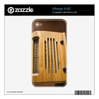 Antique Radio Decal For The iPhone 4