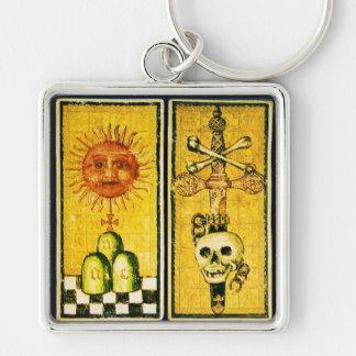 ANTIQUE RENAISSANCE TAROTS /THE SUN AND DEATH Silver-Colored SQUARE KEYCHAIN