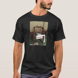 Antique vintage spinner machine working T-Shirt